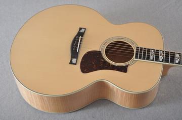 Eastman AC630-BD Jumbo Acoustic Guitar Solid Engleman Spruce Top - View 9