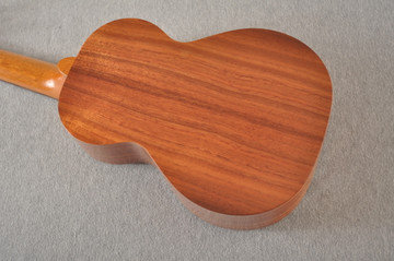 Kamaka Concert Ukulele HF-2 - Solid Koa - Made in Hawaii - 200666 - View 5