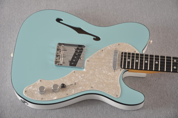 Fender American Telecaster Thinline Ltd Edition - Daphne Blue - View 10