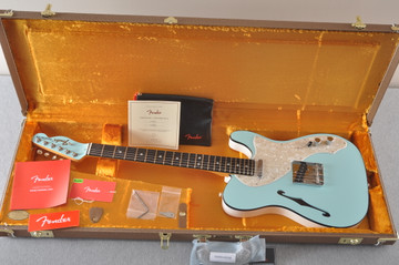 Fender American Telecaster Thinline Ltd Edition - Daphne Blue - View 2