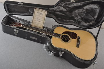 Eastman E40D Acoustic Guitar Dreadnought Adi Top Hand Scalloped - View 2