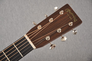 Martin 000-28EC Sunburst Eric Clapton Acoustic Guitar #2245837 - Headstock