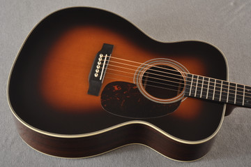 Martin 000-28EC Sunburst Eric Clapton Acoustic Guitar #2245837 - Top Angle