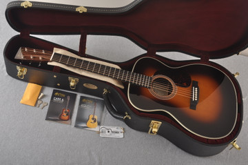 Martin 000-28EC Sunburst Eric Clapton Acoustic Guitar #2245837 - Case