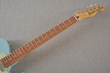 Fender Deluxe Nashville Tele - Daphne Blue Telecaster - View 6