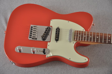 Fender Deluxe Nashville Tele - Fiesta Red Telecaster - View 6