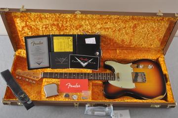 Fender Custom Shop 1961 Telecaster Relic Sunburst Texas Specials - View 2