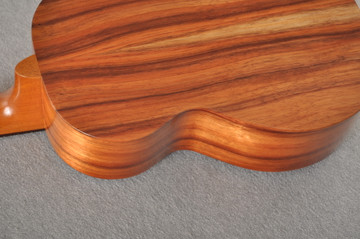 Kamaka Electric Ukulele HF-3 Tenor - Solid Hawaiian Koa - 191237 - View 4
