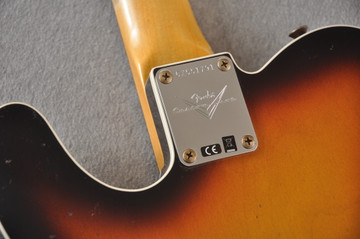 Fender 1964 Telecaster Custom Shop Heavy Relic Aged Sunburst - View 6
