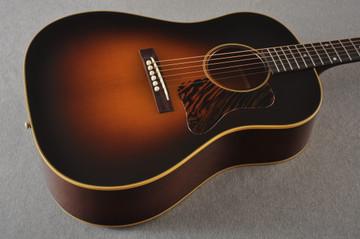 "Gibson 1936 J-35 Aged Adirondack Top Hide Glue 1.77"" Nut Width"