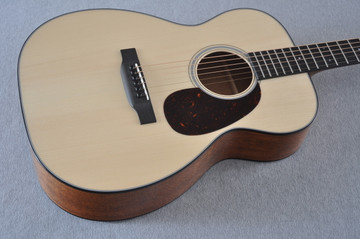 Martin Custom Shop 00-18 Adirondack Spruce Top Acoustic Guitar #2146974 - Beauty