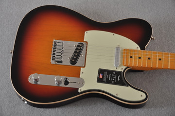 Fender Ultra Telecaster Guitar - Maple Fingerboard - Ultraburst - View 7
