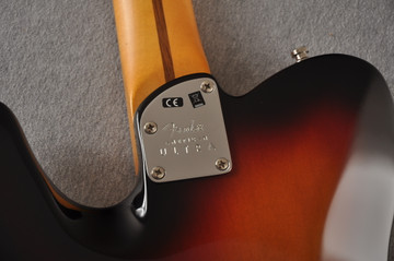 Fender Ultra Telecaster Guitar - Maple Fingerboard - Ultraburst - View 3