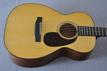 Martin Custom Shop 0-18 Adirondack Spruce Acoustic Guitar #2166924 - Top