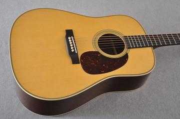 Martin HD-28 Dreadnought Acoustic Guitar #2276884 - Beauty