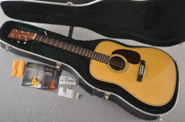 Martin HD-28 Dreadnought Acoustic Guitar #2276884 - Case