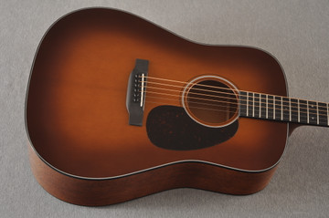Martin Custom Dreadnought 18 GE Adirondack Waverly #2276234 - Top