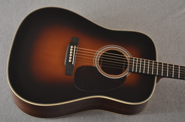 Martin Custom HD Dreadnought 28 Adirondack Sunburst #2281907 - Top