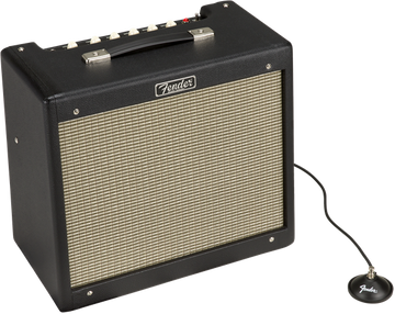 Fender Blues Junior Amp - 15 Watt Tube Amplifier - Blues Jr IV - View 5