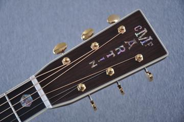 Martin J-40 (2018) Standard Acoustic Guitar #2227279 - Headstock