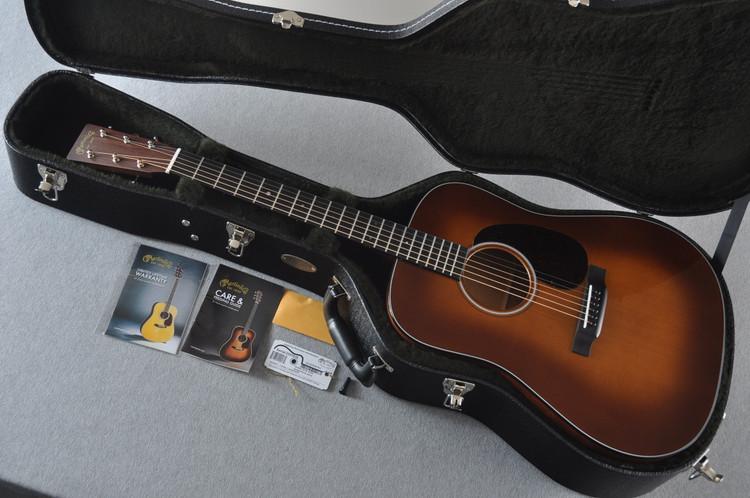 Used Martin D-18 Ambertone #2243516 - Case