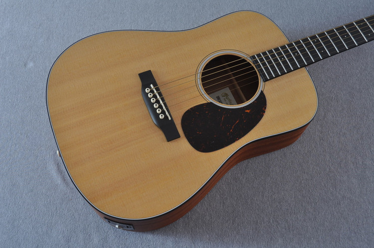 Martin Dreadnought Junior Acoustic Electric Guitar - Solid Spruce Top