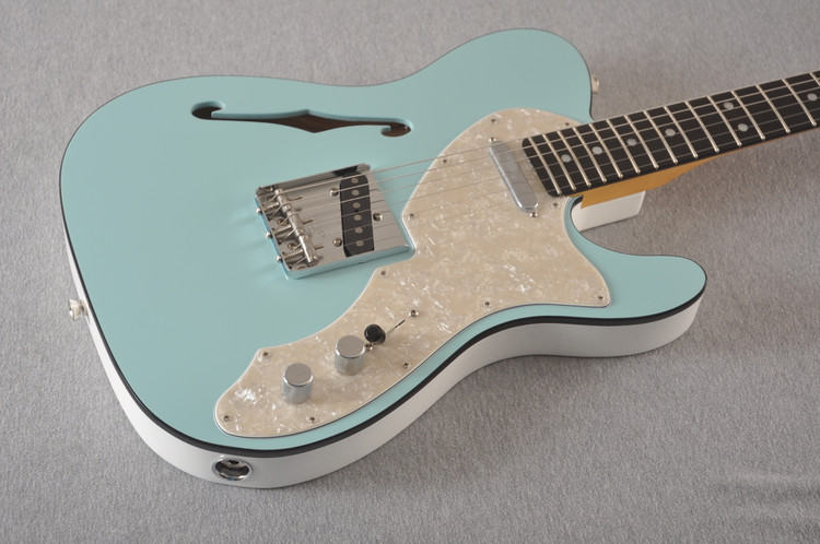 Fender American Telecaster Thinline Ltd Edition - Daphne Blue