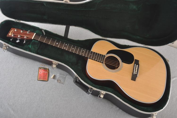 Martin Custom 000 Style 28 Sitka Guatemalan Rosewood #2023291 - Case