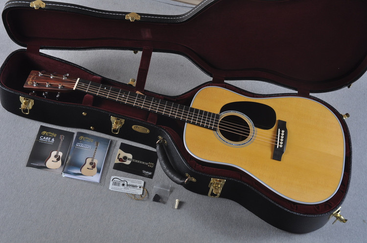 "2016 Martin Custom Shop D-28 Guatemalan Rosewood 1 3/4"" Nut #2054114 - Case"