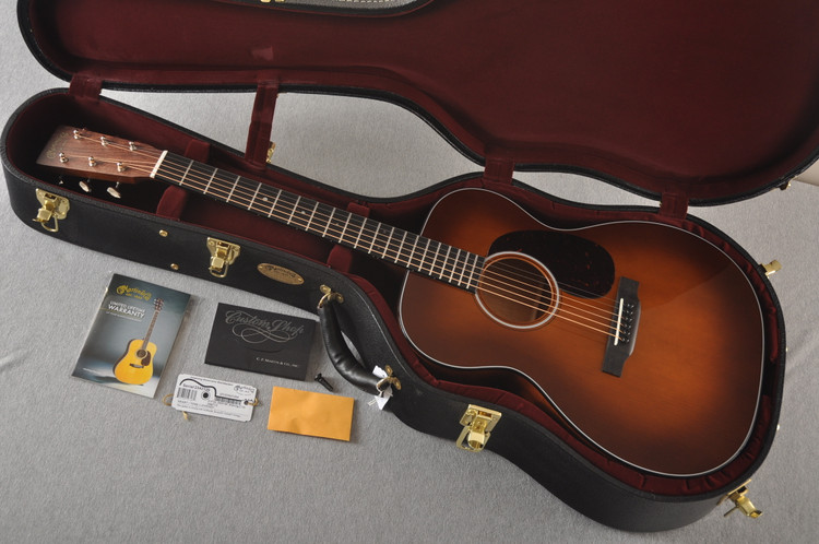 Martin Custom 000 Style 18 GE Adirondack Ambertone #2342126 - Case