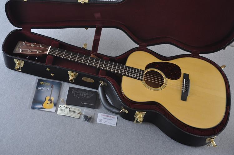 Used Martin Custom 000 Style 18 Adirondack Acoustic #2193565 - Case