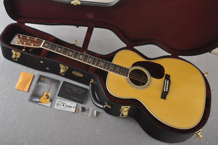 Martin Custom Jumbo J Style 40 Adirondack #2260987 - Case