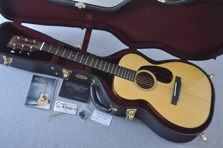 Martin Custom Shop 0-18 Adirondack Spruce Acoustic Guitar #2164197 - Case