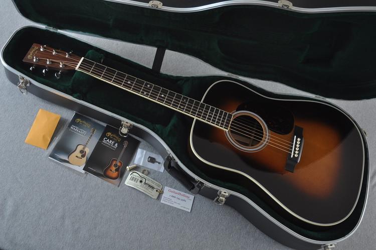 Martin D-35 (2018) 1935 Sunburst Standard Acoustic Guitar #2171323 - Case