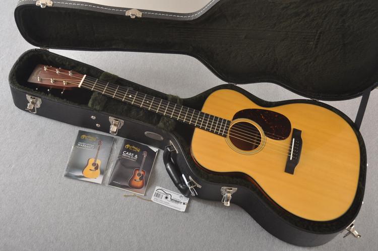 Martin 000-18 Standard Acoustic Guitar #2251891 - Case