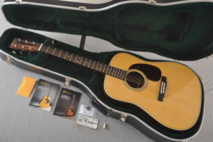 Martin D28 For Sale - Natural Acoustic Guitar #2266136 - Case