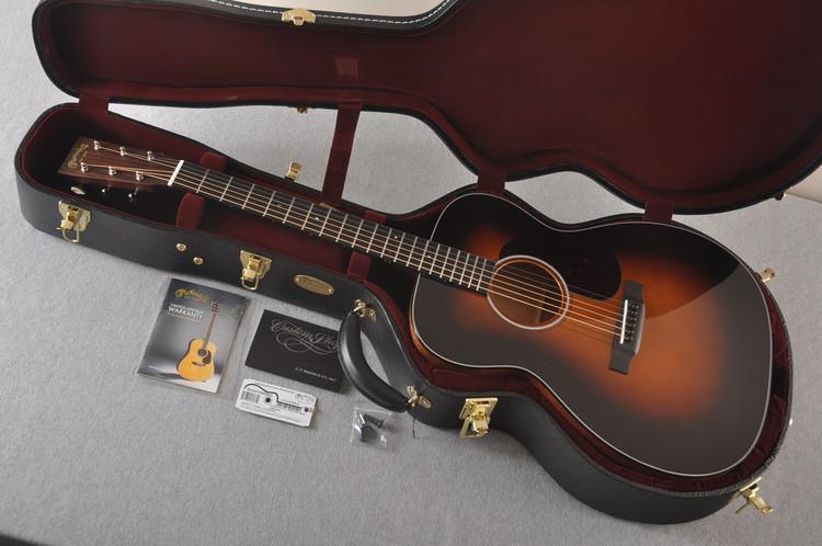 Martin Custom 0000 Style 18 Adirondack Sunburst Guitar #2260983 - Case