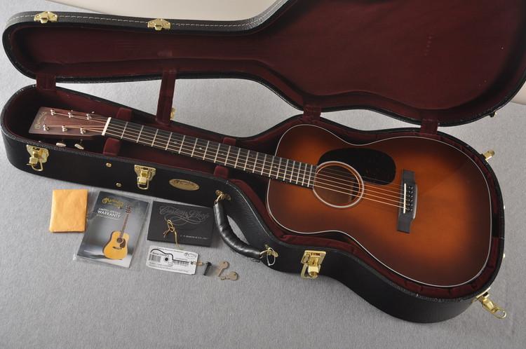 Martin Custom 00 Style 18 Adirondack Ambertone Acoustic #2260972 - Case