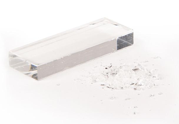 Artificial Glass for Splinter Simulation