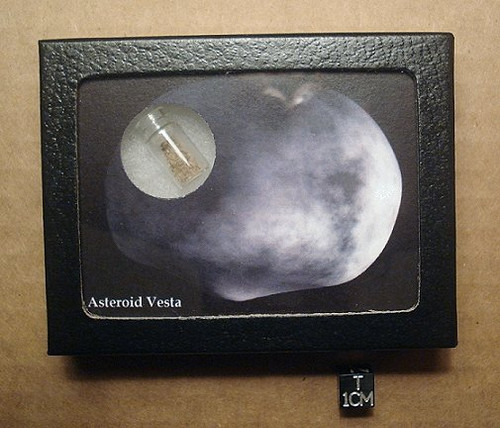 Vesta Asteroid Display Kit, Contains Vestan Regolith Sample