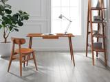 Studio Plus Desk