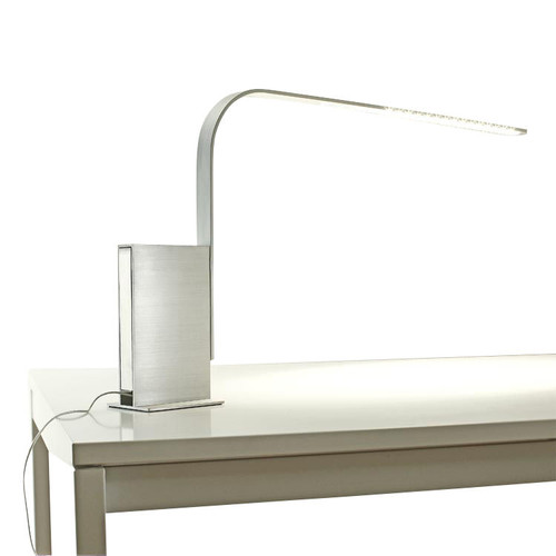 Lim Desk Lamp