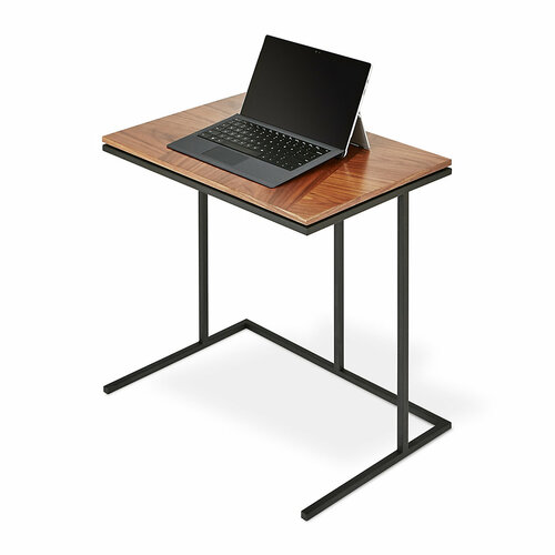 Tobias Network Table by Gus* Modern
