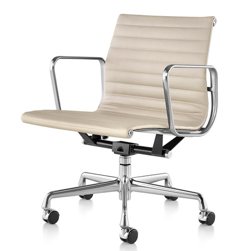 Eames Aluminum Management Chair by Herman Miller