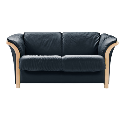 Manhattan Loveseat by Ekornes
