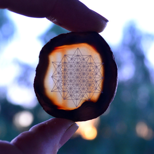 64 Sided Tetrahedron - Laser Engraved Agate
