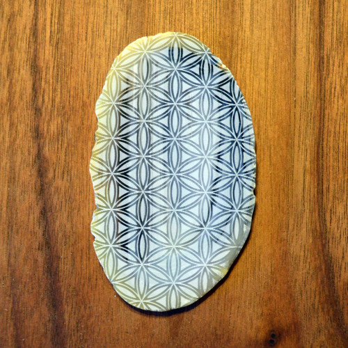 Elaborate Flower of Life Grid - Laser Engraved Agate