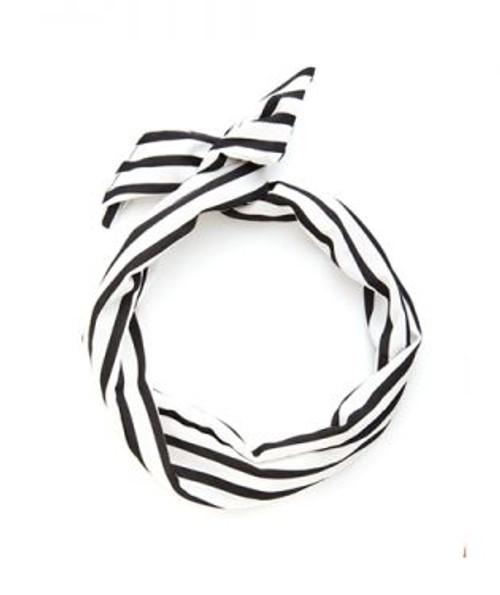 Twist Scarf Black/White Stripe
