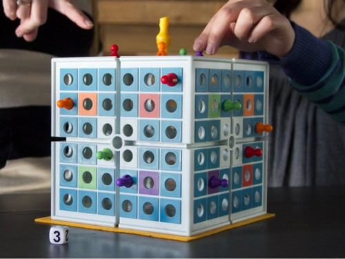 Squashed 3D Board Game