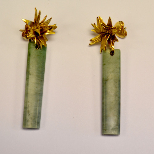 Cabbage Tree Earrings with greenstone